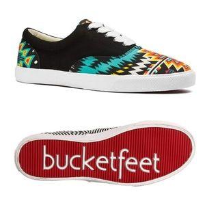 bbe3922fe9 Bucket Feet Shoes - Bucketfeet Archer Sneaker